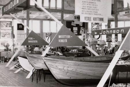 Vene- ja vapaa-aikanäyttely Casinolla.