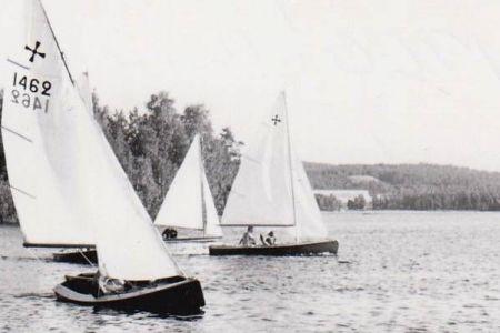 Windmill purjehtijoita Heinäsaaren edustalla